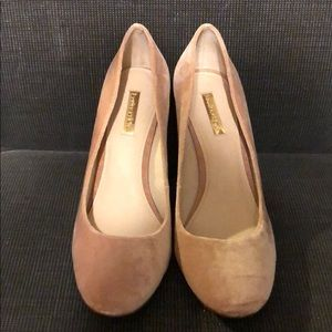 Louise et Cie Powder Pink Velvet Pumps